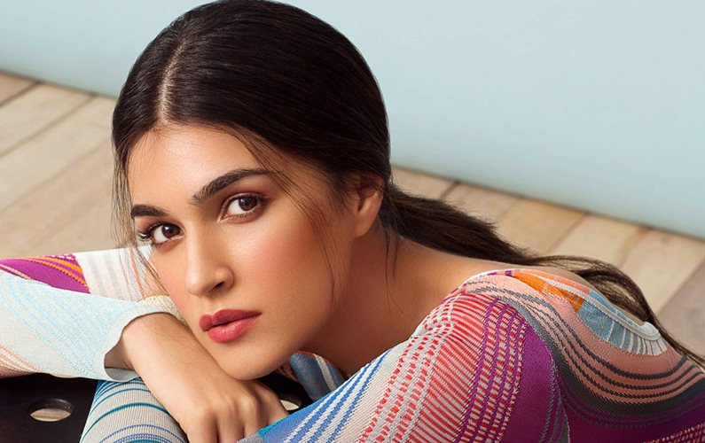 Kriti Sanon clocks three years in Bollywood