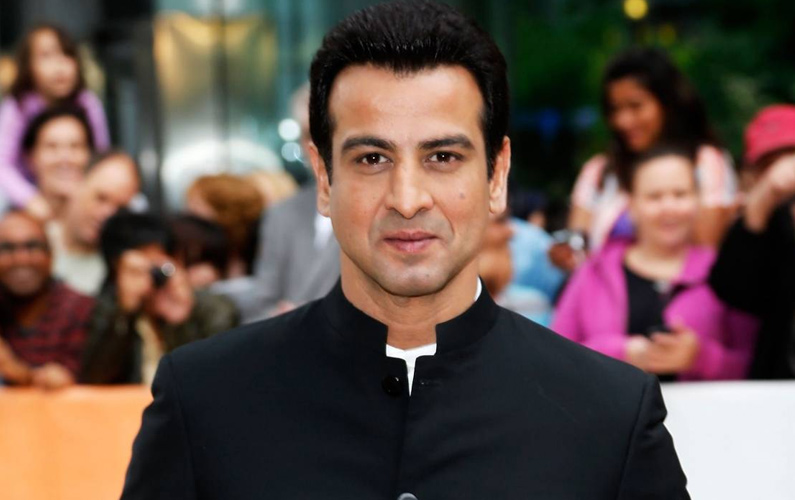 Different is not accepted by audiences: Ronit Roy