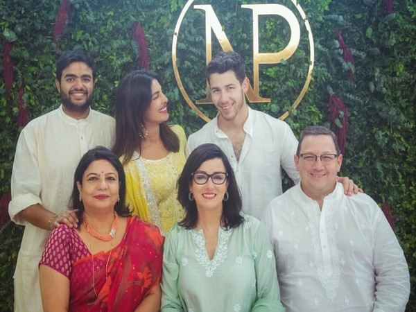 Future father-in-law warmly welcomes Priyanka to the family