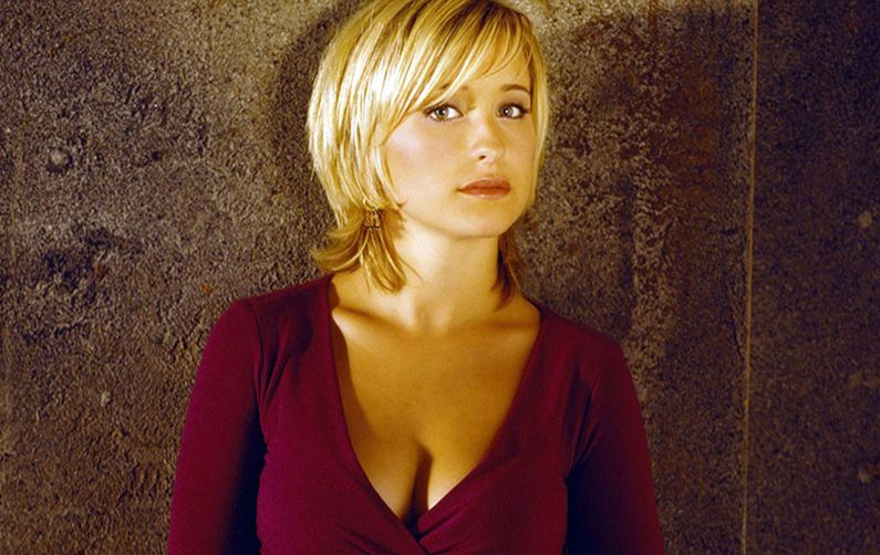 Allison Mack released on $5 mn bond in sex cult case