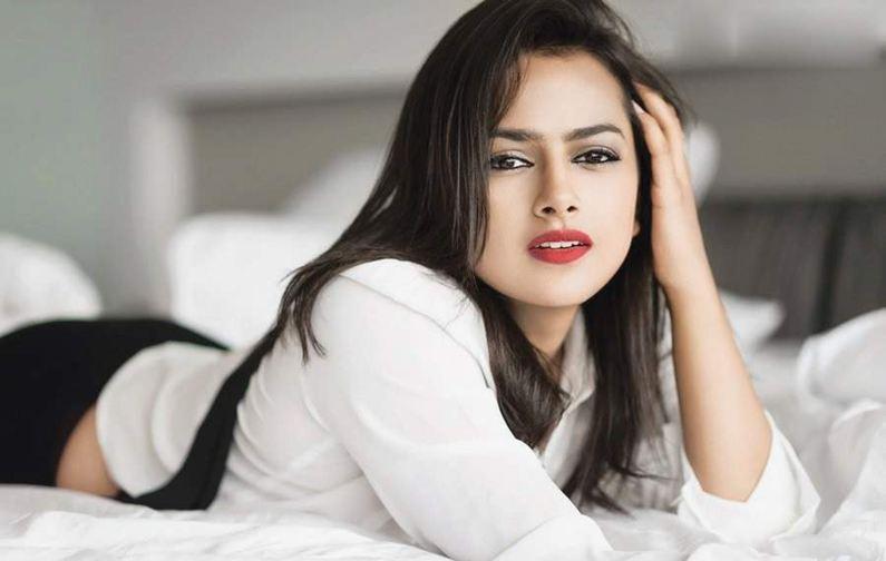 Actress Shraddha Srinath feels like intern