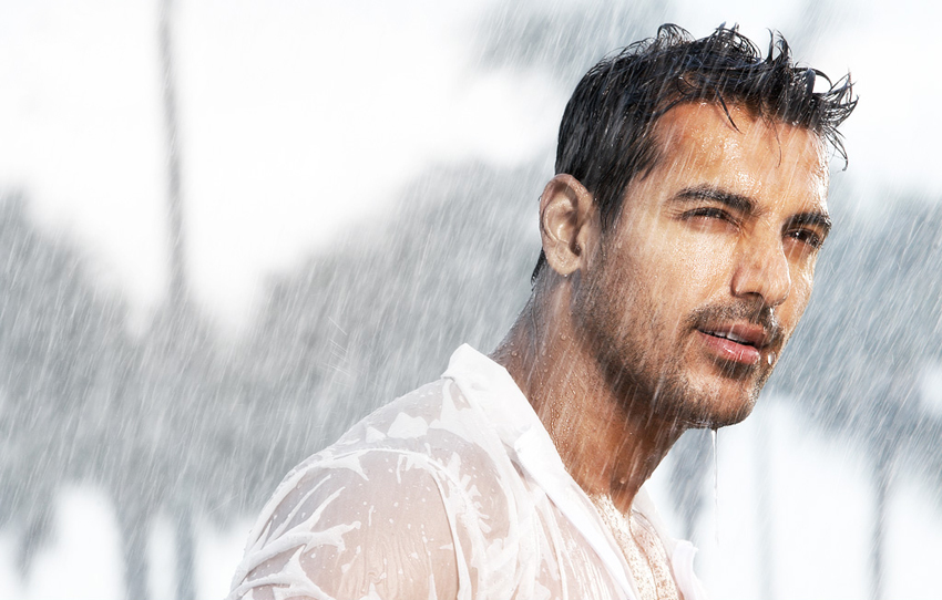 http://movie.webindia123.com/movie/star/actors/bollywood/john_abraham/john_abraham13.jpg