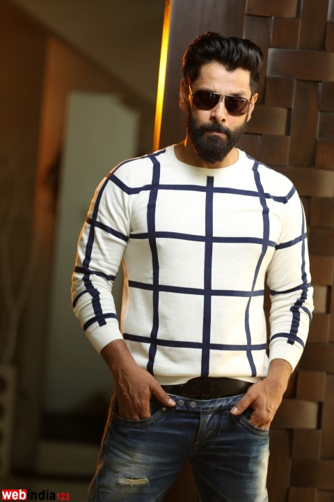 vikram   vikram photo gallery  vikram videos  actor vikram