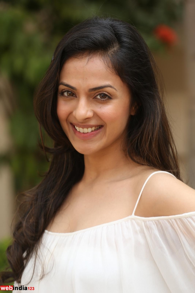 telugu actress richa pallod blue film