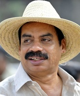 Sathyan Anthikad Net Worth